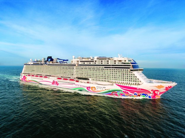 Norwegian Joy aerials